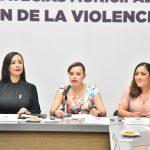 La diputada Mariana Uribe Bernal, presidenta de la Comisión Legislativa para la Igualdad de Género de la 60 Legislatura mexiquense, anunció que impulsará la iniciativa de reforma presentada por la alcaldesa de Naucalpan, Patricia Durán Reveles, para que sea obligación de los ayuntamientos combatir la violencia contra las mujeres a través de una estrategia que deberán incluir en su Plan de Desarrollo Municipal.